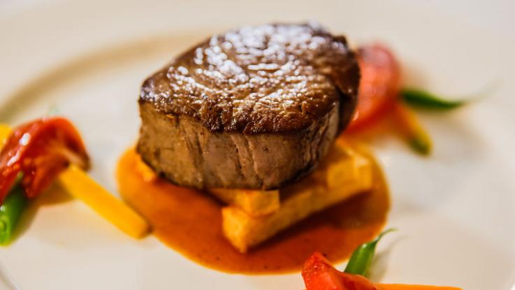 Zilara Dining - Steak
