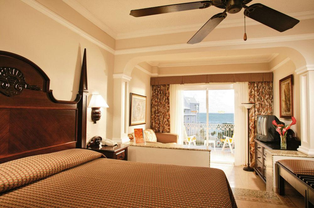Riu Ocho Rios Room